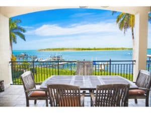 homes for sale in isle of capris